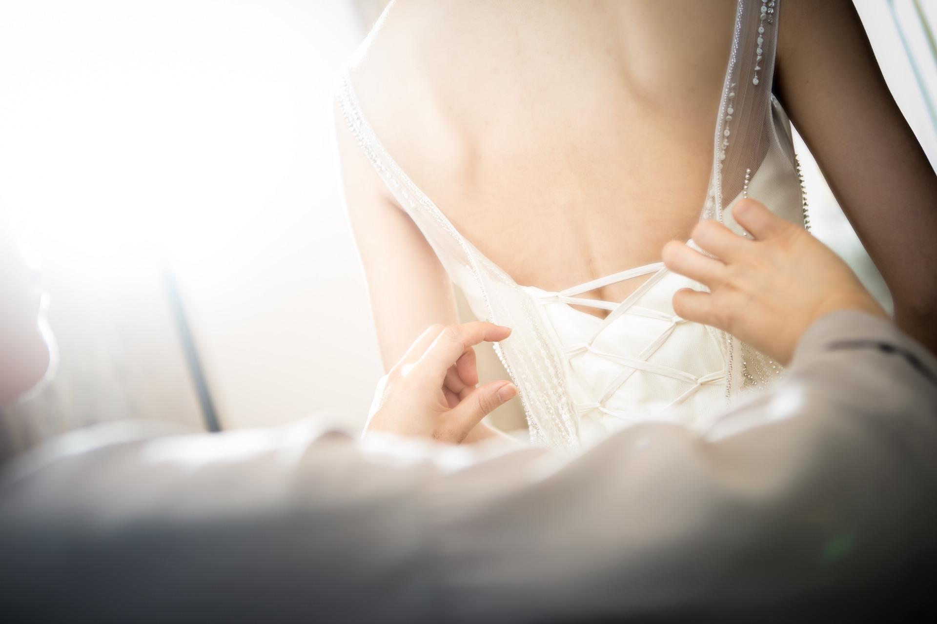 Svatební šaty – nenechte výběr na poslední chvíli. Víte, jak si je správně vybrat?